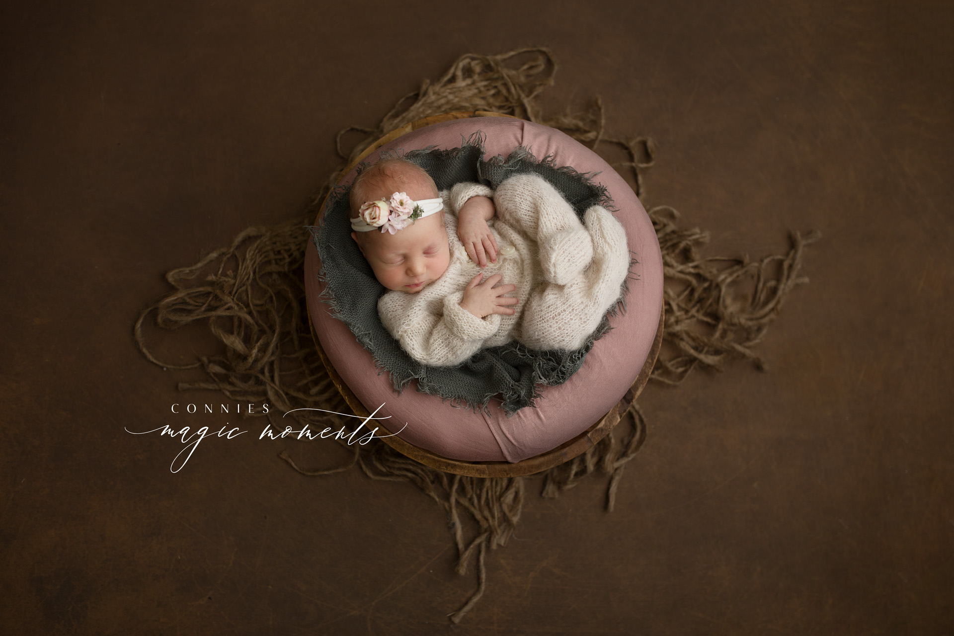 connie's magic moments, newborn photographer benowa